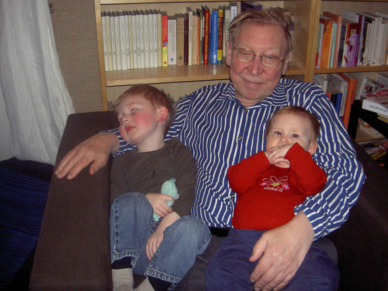 Viggo, Klara och morfar