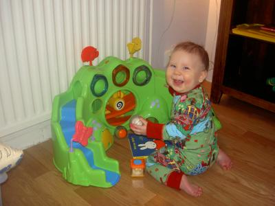 Klara leker